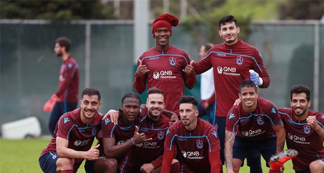 14 17208d3d fea6 44a6 b7f6 08dd8cc68fd5 - Trabzonspor, Atiker Konyaspor maçı hazırlıklarını sürdürdü