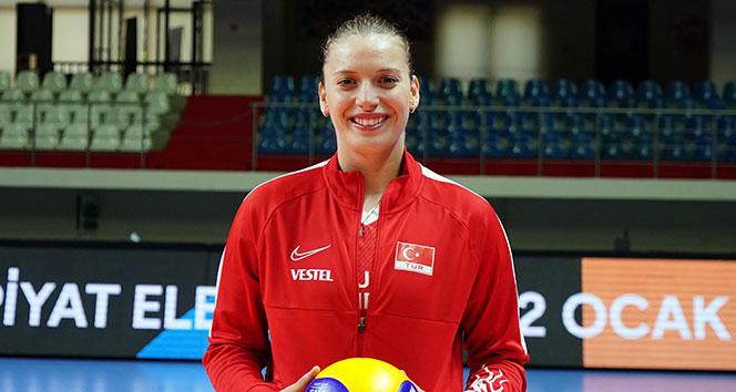 14 eccc7678 2b9f 4f29 bc34 1de9e5ebadfe - Cansu Özbay: 'Olimpiyata gitme hayalim var, umarım gerçek olur'