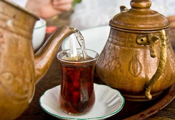 Çay içmek ferahlatıyor mu?