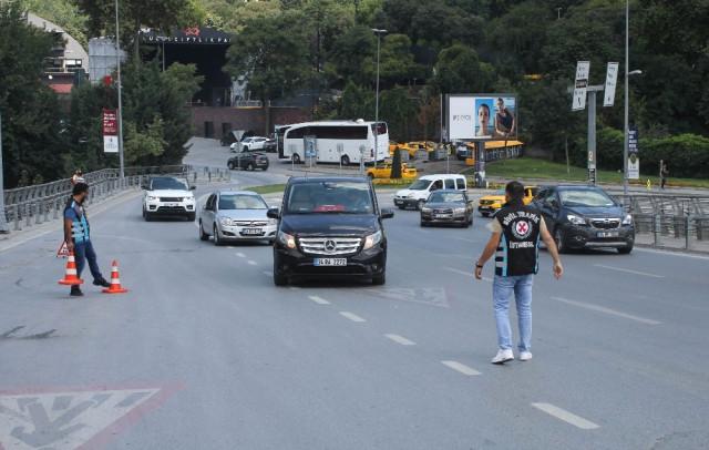 İstanbul'da UBER ve Scotty denetimlerinde sürücülere cezai işlem uygulandı