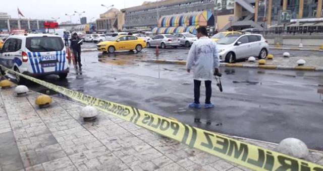 15 Temmuz Demokrasi Otogarında Silahlı Kavga: 2 Yaralı
