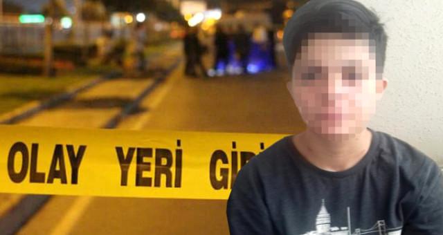 Adana'da Tartıştığı Eşinin Evini Akrabalarıyla Basan Kocanın Tüfeği Tutukluk Yapınca, Genç Kadın Kocasının Akrabalarını Bıçakladı