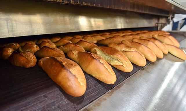 Bakan 'Ekmekte fiyat artışı yok' demişti: Zam olmazsa fırıncılar üretimi durduracak