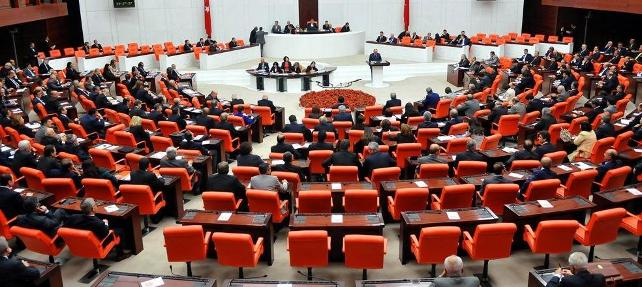 Eski AKP'li milletvekilleri tek tek rektör oluyor