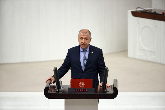 İYİ Parti Genel Başkan Yardımcısı Ümit Özdağ: Bayramlaşmaya giden Suriyeliler Türkiye'ye geri alınmasın